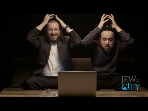 Hasidic Jews Watch Quot Fiddler On The Roof Quot For The First