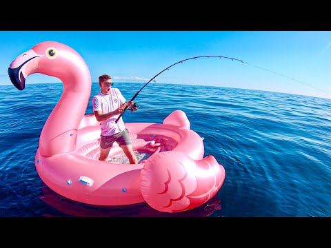 Fishing In the MIDDLE OF THE OCEAN On A FLAMINGO FLOATIE!