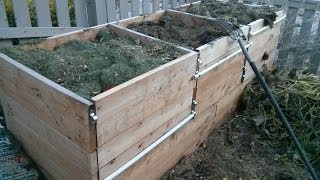 Make A Compost Bin Part 1 - Build The Rear And Side Walls