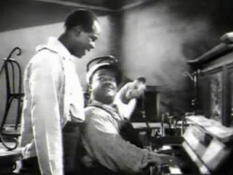 """Meade Lux Lewis Boogie Woogie clips - 1946 """"New Orleans"""" + 1961 """"Chicago & All That Jazz"""""""