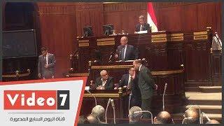الحكومة تعلن الموافقة على إنشاء شركة قابضة للقمامة استجابة لمطالب النواب