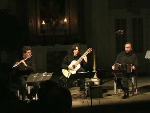 Trio Gorrion - Luz de la luna