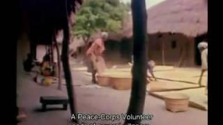 Reassemblage Trinh T  Minh ha 1983