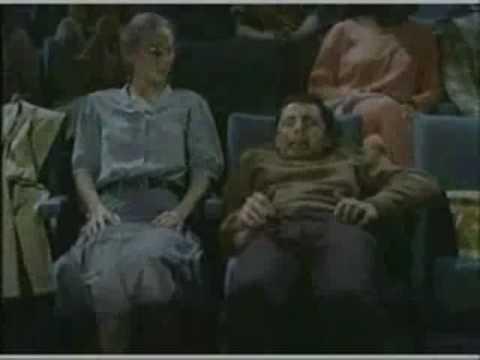Mr Bean di xem phim- WebYeuThuong.Com