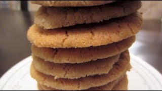 HOW TO: Soft and Chewy Peanut Butter Cookies Thumbnail