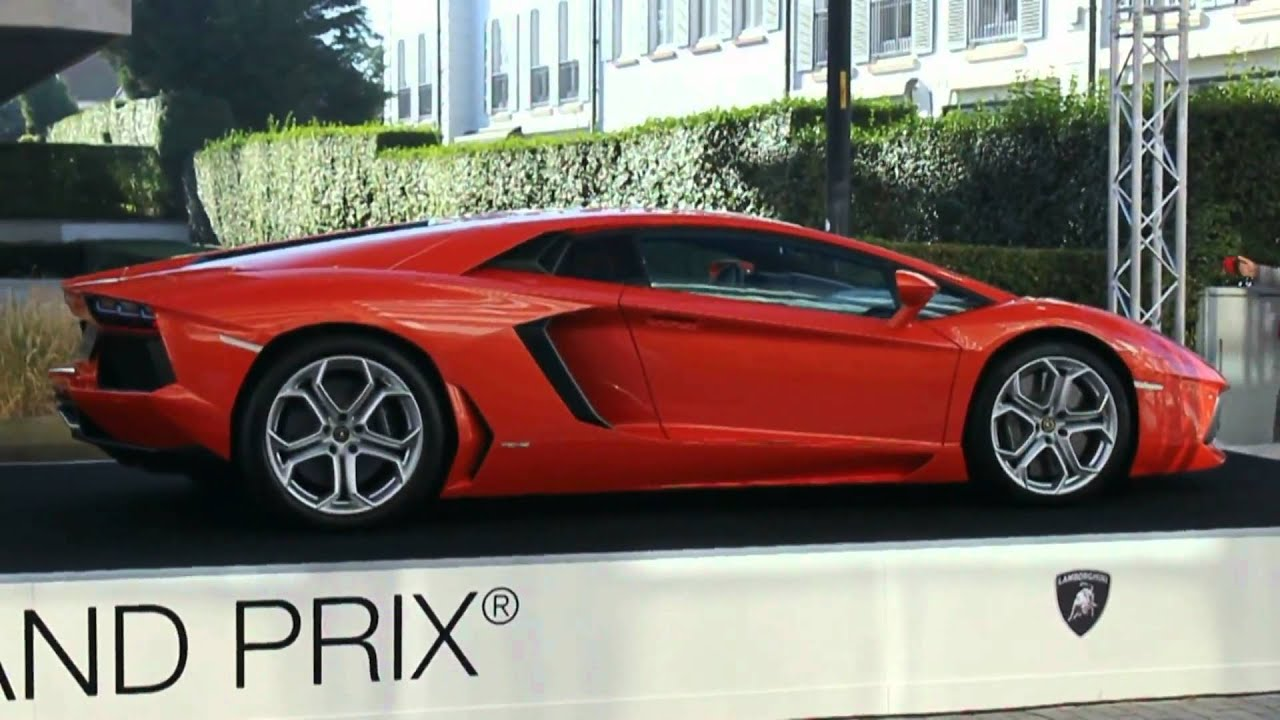 zoute grand prix 2011 lamborghini aventador lp700 4 gallardo lp560 4 bicolore 1080p hd youtube. Black Bedroom Furniture Sets. Home Design Ideas