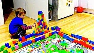 Дорога от замка к замку в городе Лего