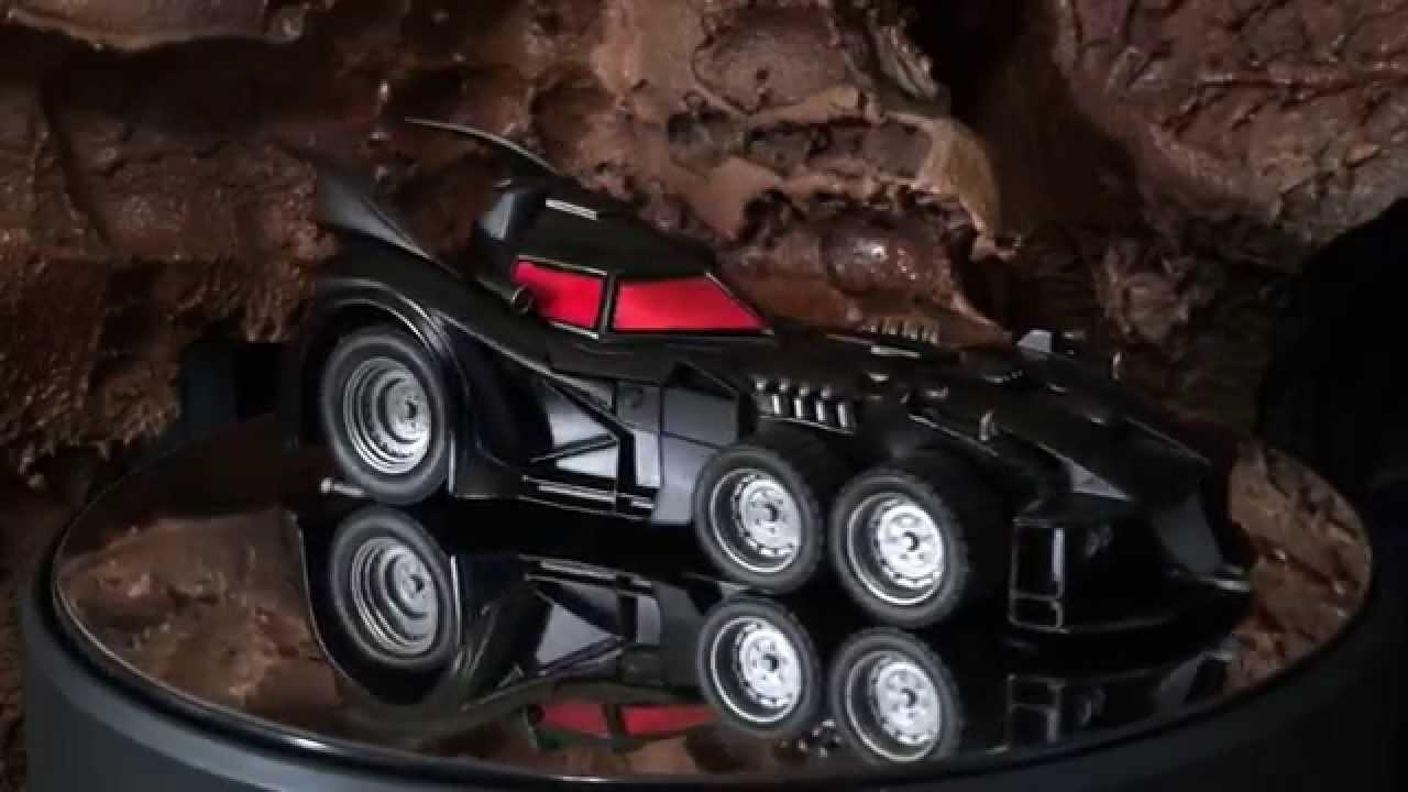 Eaglemoss: Batmobile (Batman: The Return No. 1) - YouTube