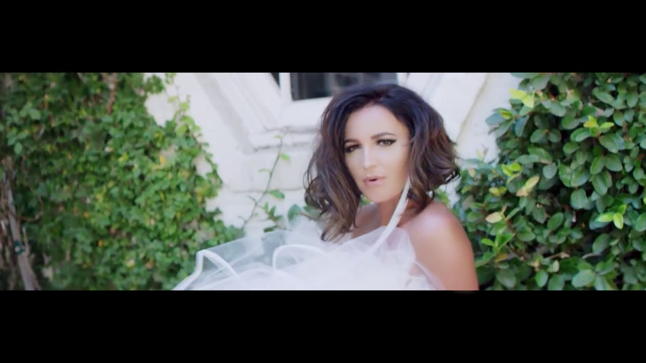 Buzova opened the world of other men in the new video - video