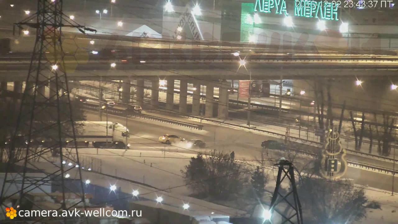 Серьёзная авария около развязки на пересечении Дзержинского и Новорязанского шоссе, 02.12.2016