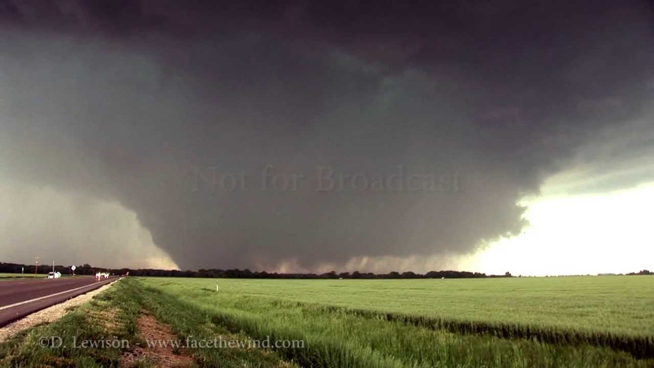 List of Synonyms and Antonyms of the Word: huge f5 tornado