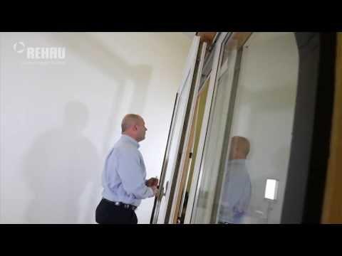 Operating the REHAU Tilt-Slide Door