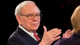 Warren Buffett: Get the Debt Ceiling Out of the Picture