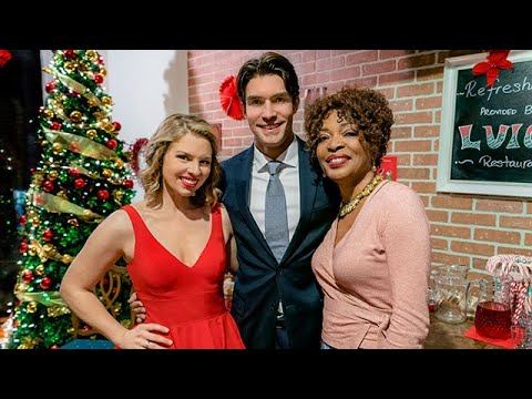 On Location  A Gift to Remember  starring Ali Liebert, Peter Porte, Tina Lifford