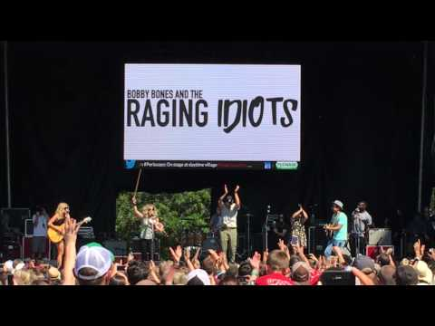 Bobby Bones & the Raging Idiots -