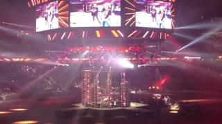 Jason Aldean live at Rodeo Houston - Crazy Town