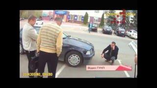 """машини з дивними номерними знаками під прикриттям СБУ? Що за """"тітульноє государство"""" в Чернігові?"""