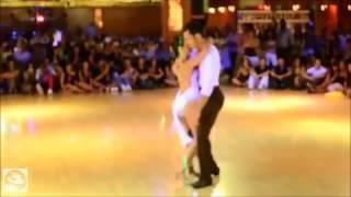 Как же он её кружит в танце!