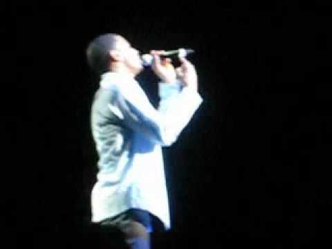 Trey Songz singin Love Safari