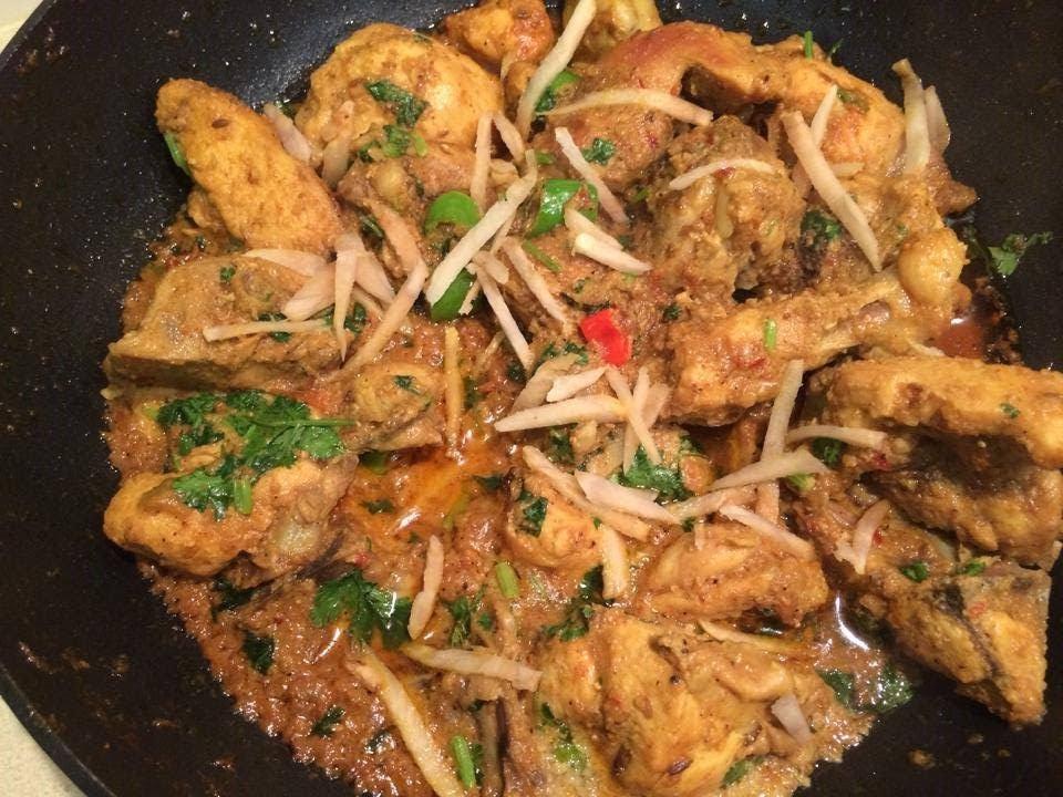 Desi chicken karahi bajias cooking youtube desi chicken karahi bajias cooking youtube forumfinder Images