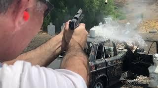 「ジョン・ウィック:パラベラム」9mmメジャー弾のテストの様子