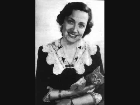 "Kathleen Ferrier sings ""O come, all ye faithful"""