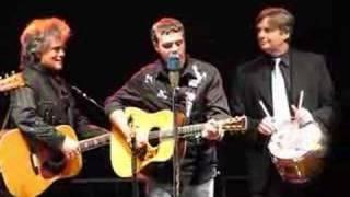 Trey Hensley & Marty Stuart  sing Mama Tried