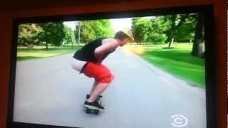 Hardcore White Boy shitting  while Skateboarding.