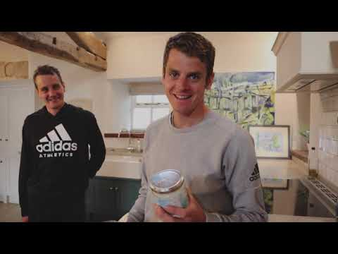 brownlee-brothers---making-energy-balls-#aldichallenge