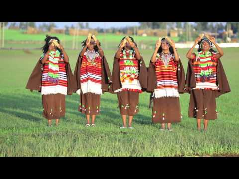 Kedija Hajji  Ee Dulli Sirbaf Walgahe  Oromo Traditional Music
