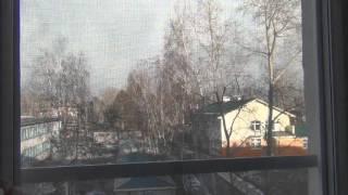 видео как снять с петель пластиковое окно