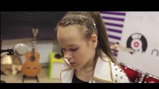 Юлия с песней Adele - Skyfall (cover). Уроки вокала в Москве(Юлия Можиловская, ученица музыкальной школы