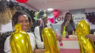 Joyeux anniversaire à OMGhair