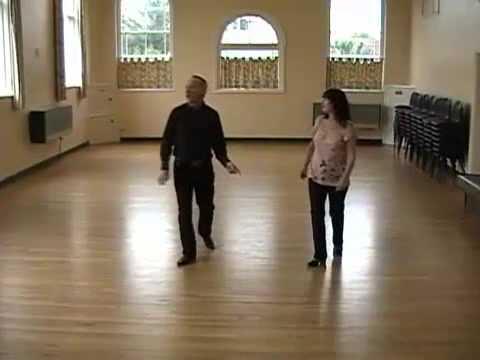 STROLL ALONG CHA CHA  ( Line Dance )