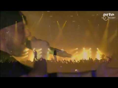 Kool Savas perfomt mit Azad und Olli Banjo Monster shit und immer wenn ich Rhyme- Spalsh 2017