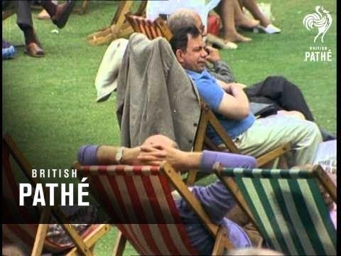 Brighton Seafront (1973)