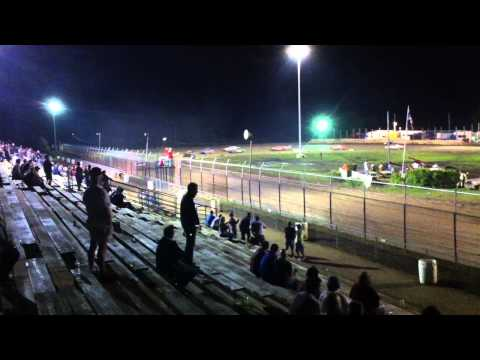 Wilmot Speedway - Street Stock Feature 8/20/11