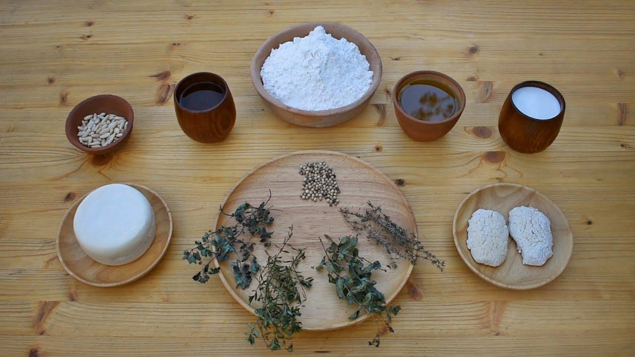 Moretum and Hapalos Artos - Ancient Greek Bread