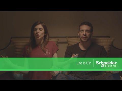 Everyday Survivor από τη Schneider Electric - Υπόθεση Ασύρματοι Διακόπτες Unica Wireless