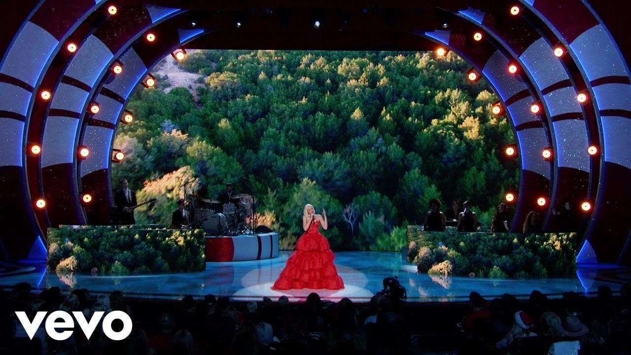 Gwen Stefani's Christmas Special Time & Channel
