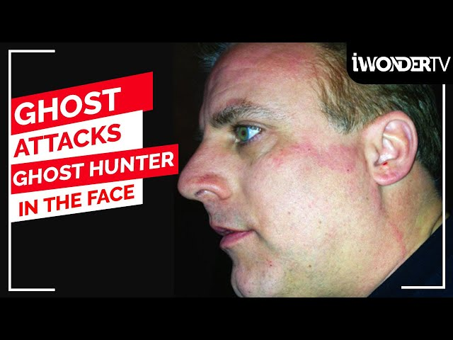 Ghost Hunter Gets Attacked By A Ghost On Paranormal Investigation