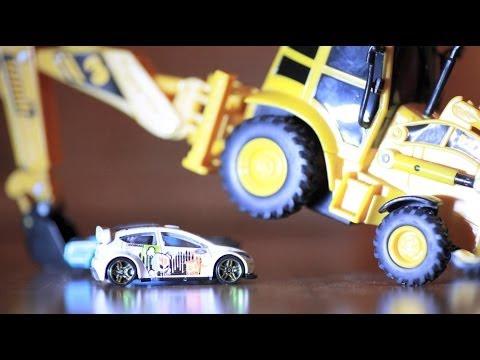 """Drift-Action unterm Weihnachtsbaum: Ford wünscht Frohes Fest mit rasantem """"Snowkhana 2""""-Video"""