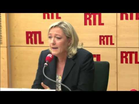 """""""M. Sapin était déjà ministre des finances en 1992"""", ironise Marine Le Pen"""