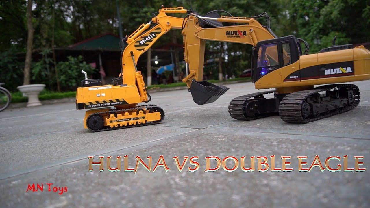 Cùng bé chơi xe máy xúc điều khiển từ xa   Trò chơi đua xe - Hulna 350 vs Double Eagle   MN Toys