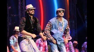 yo yo Honey Singh  fun with Shahrukh Khan  award show ! Varun dhawan ! Richha chadda ! Must watch