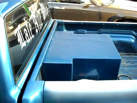 JL W7 fiberglass speaker box - YouTube
