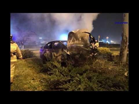 В ДТП в ст.Варениковской погибло два человека.  В Крымске сгорел автомобиль.