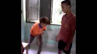 เด็กนักเรียนตีกัน