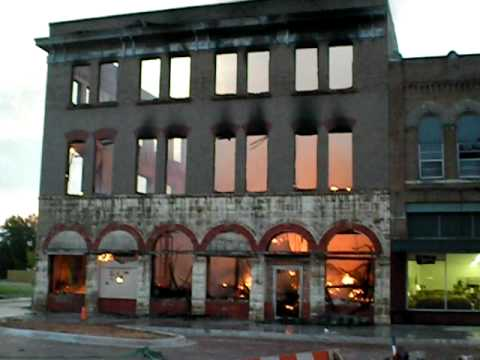 Old Alvis Hotel Fire In Downtown Pauls Valley Okla Video Ten