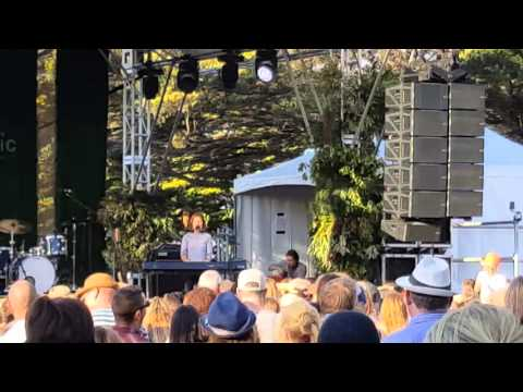 Picnic with Missy Higgins(2)